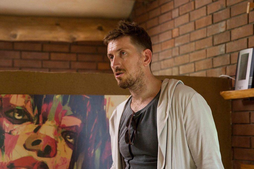 Кадр из сериала Живой