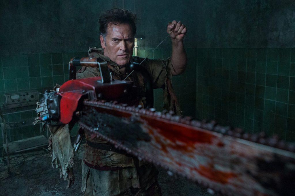 Кадр из сериала Эш против зловещих мертвецов