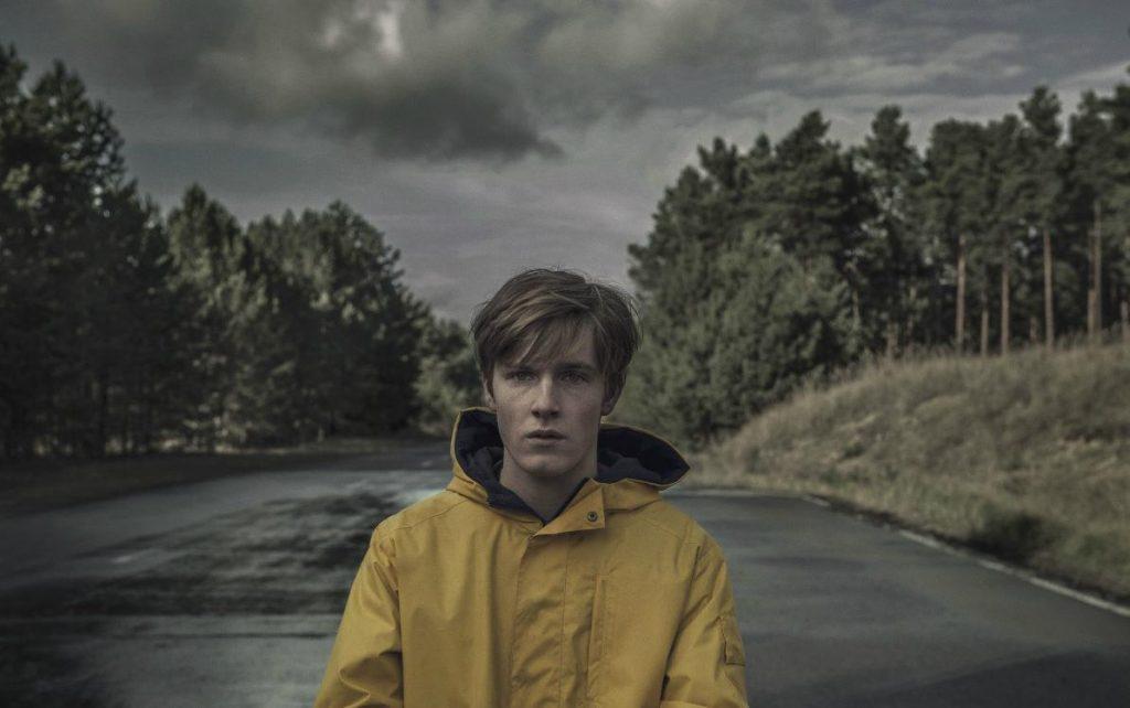 Кадр из сериала Тьма