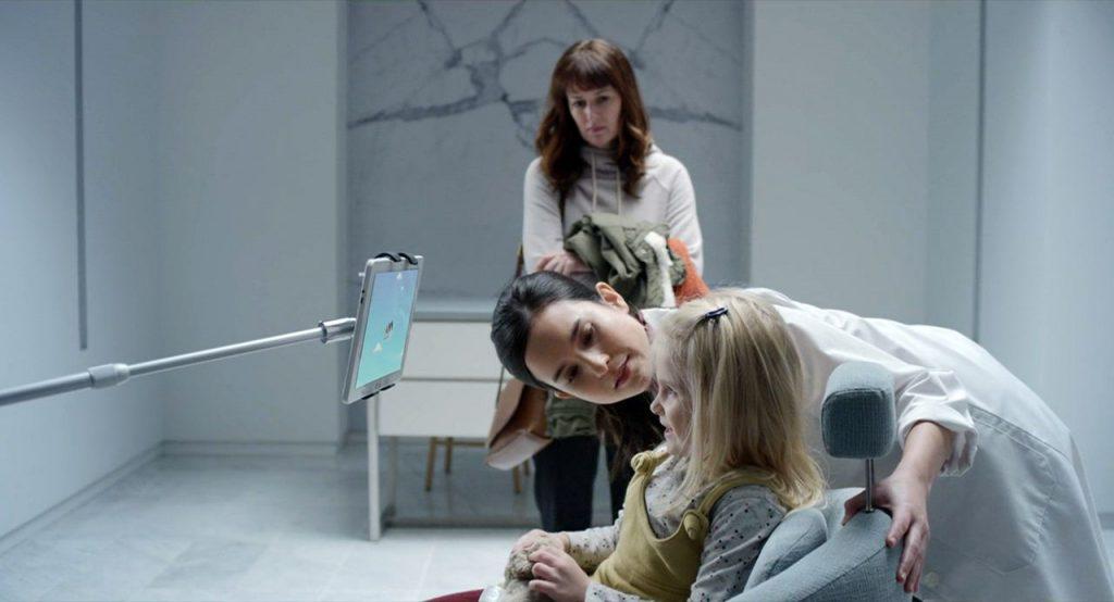 кадр из сериала Черное зеркало