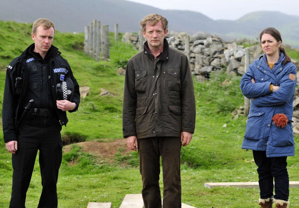 кадр из сериала Шетланд